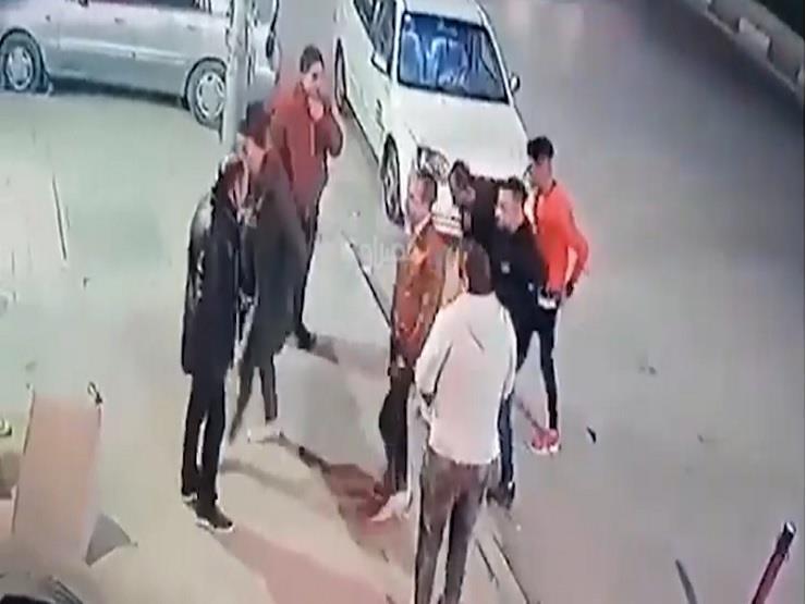 فيديو .. لحظة إطلاق شاب النار على فندق بشارع الهرم