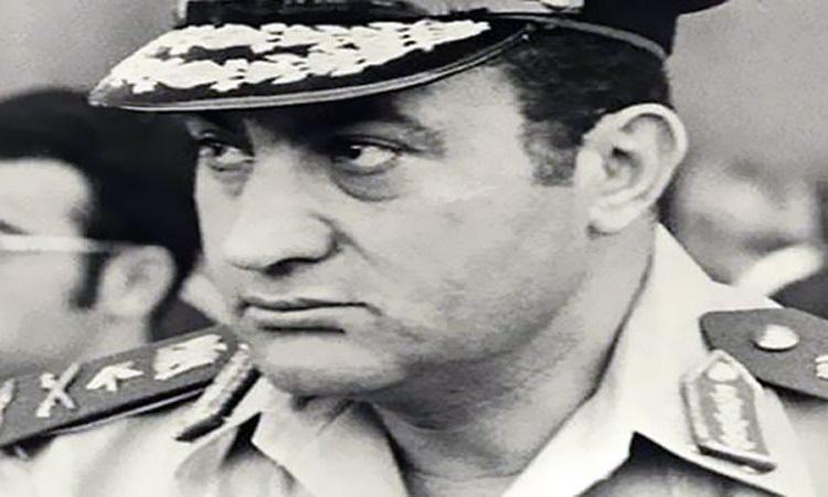 مبارك في حديثه عن ذكريات أكتوبر: «الجيش المصري لم يُهزم في 67 لأنها لم تكن حرب»