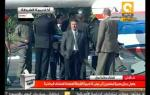 نقل مبارك من الطائرة للإسعاف إلى قاعة المحكمة #Jan3